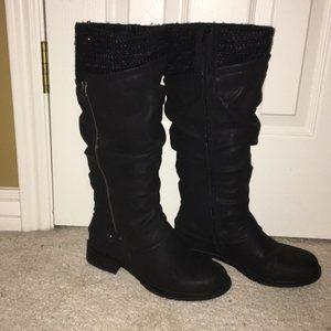 Muk Luks Bianca Boots Size 9